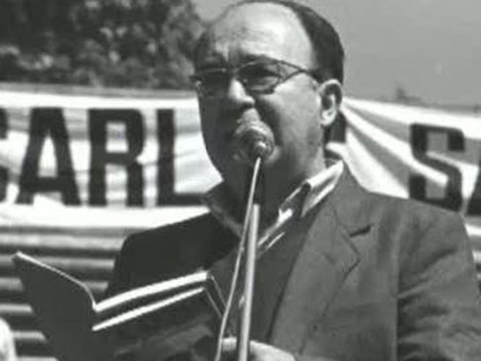 Vicent Andrés Estellés recitant